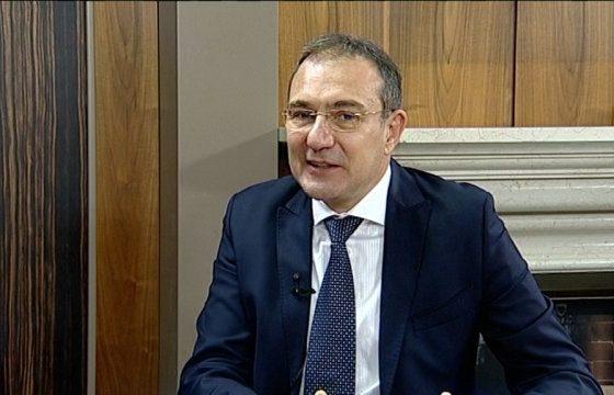 Пиянски скандал прерасна в бой в БСП. Нескопосано топят депутата Иван Иванов