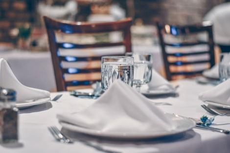 Хотелиери и ресторантьори настояват за ясни правила, при които да се затварят обекти
