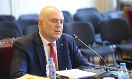Гешев: Прокуратурата е безкомпромисна срещу посегателствата над възрастни