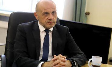 "Дончев: Радев едновременно подписва бюджет 2021 и го нарича ""разоряващ"""