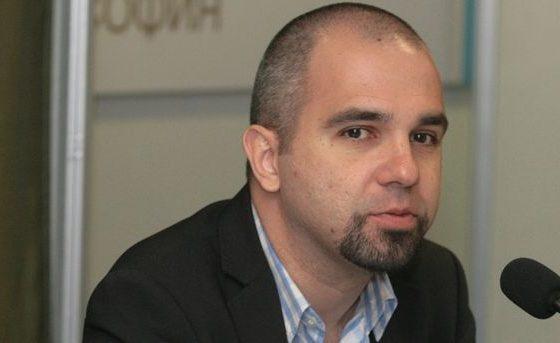 """Първан Симеонов: ГЕРБ има вариант да остави правителство, което да прилича на кабинета """"Орешарски"""""""