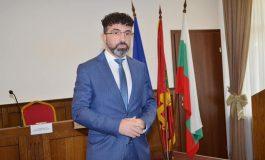 Община Девня помогна на близо 30 сираци и полусираци