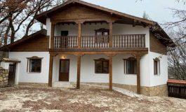 Д-р Димитър Димитров: Хижата край село Ягнило е прекрасно място за отдих на всички любители на тишината и спокойствието