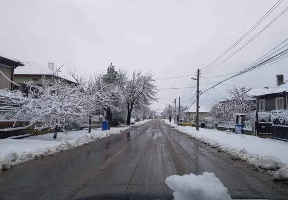 Всички пътища на територията на община Девня са проходими (снимки)