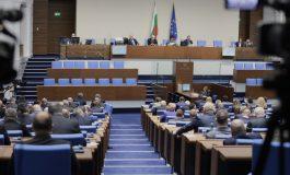 Депутатите изслушват четирима министри за наводненията в страната