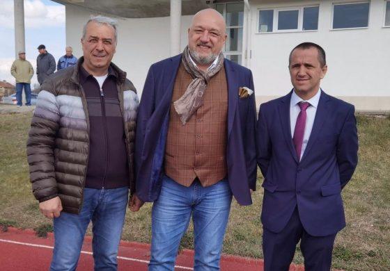 Красен Кралев пое ангажимент за изграждане на футболно игрище в село Чернево
