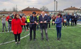 Ново игрище за мини футбол откри министър Кралев в село Цонево