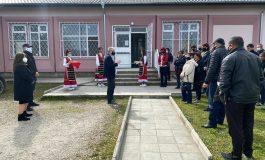Кметът на Аврен Емануил Манолов откри реновирани сгради в село Казашка река и село Синдел