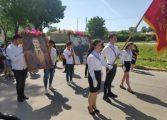 Девня отбеляза 24 май с многолюдно шествие, песни и танци (снимки)