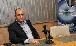 Румен Радев: Олигархията е там, където има чекмеджета с кюлчета