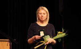 Кметът Соня Георгиева награди педагози и дейци на културата от Община Добричка