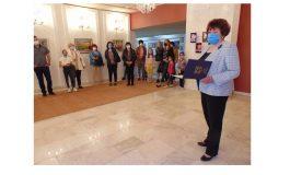 """12 местни художници се включиха в традиционната изложба """"Камчийски багри 2021"""""""
