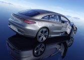 Mercedes-Benz EQS изминава до 770 км на ток