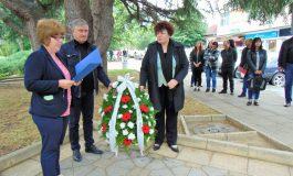 Сведохме глави в знак на признателност пред Христо Ботев и загиналите за свободата на България
