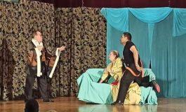Популярни актьори ще гостуват с постановка в община Аврен